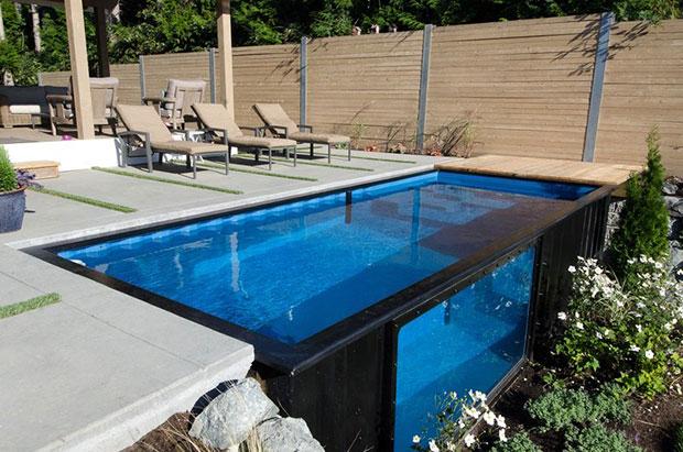 พลิกโฉมตู้คอนเทนเนอร์เป็นสระว่ายน้ำในฝันหลังบ้าน