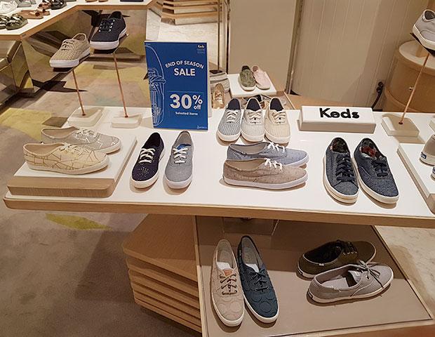 รองเท้า Keds ลดราคา เอ็มโพเรียม