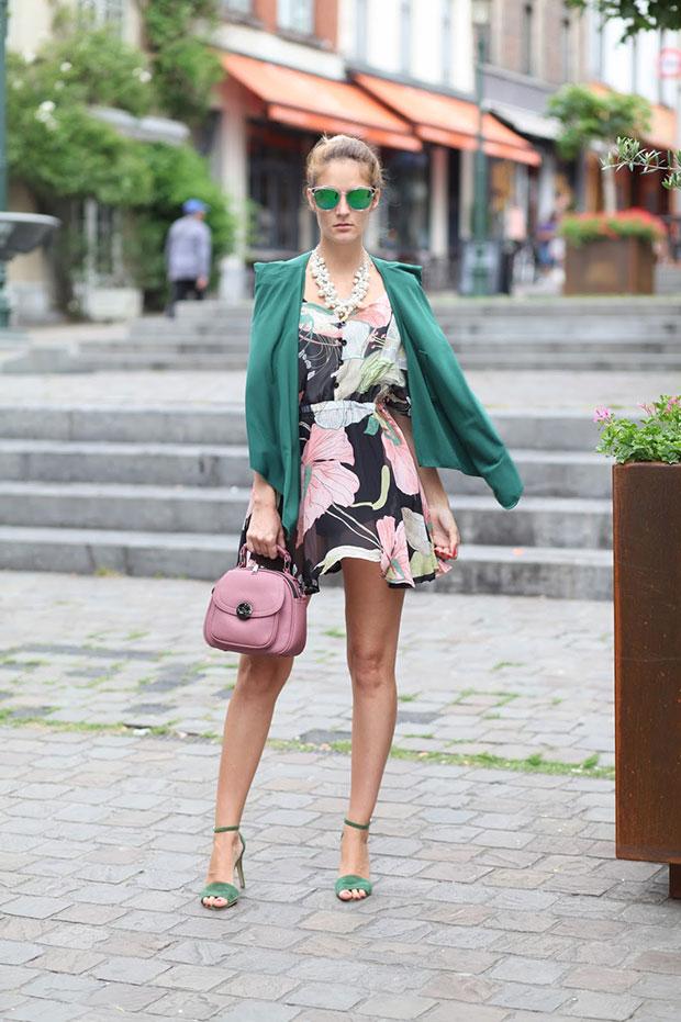 เดรส Poppy Lovers, กางเกง Asos, ผ้าคลุม Fashion Mia, รองเท้า Mango