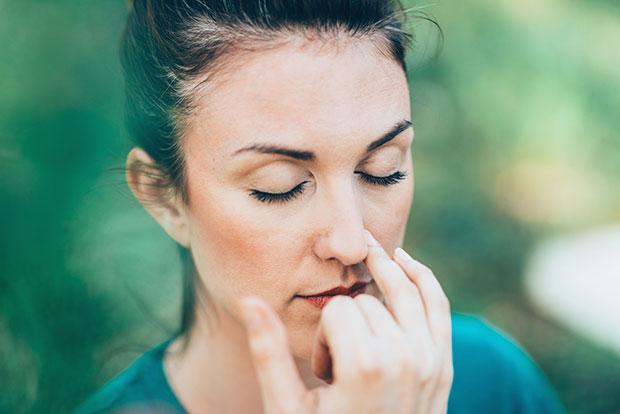 เทคนิคการหายใจแบบง่ายๆเพื่อช่วยในการผ่อนคลาย