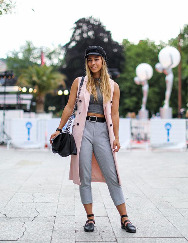 เสื้อกั๊ก Zara, กางเกง Zara, รองเท้า Asos, หมวก H&M, กระเป๋า Pull & Bear