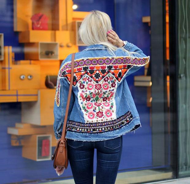 แจ็คเก็ต Zara, เสื้อยืด Zara, กางเกงยีนส์ Zara, กระเป๋า New Look, แว่นตากันแดด Guess, นาฬิกา Zegarek