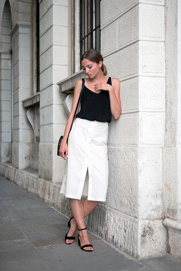 H&M Top, Steve Madden Sandals, Hollie Bag, Apart Rings, Apart Earrings