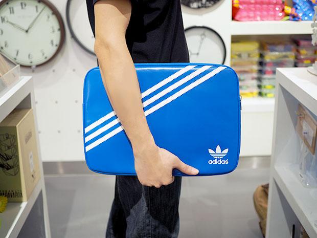 กระเป๋าโน๊ตบุ๊ค แบรนด์ ADIDAS