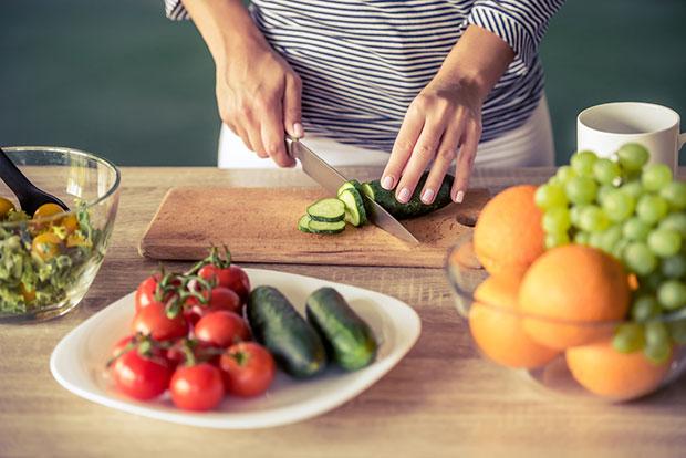 ลดความอ้วนด้วยรอว์ฟู้ดทำจากพืชไม่ผ่านการปรุงสุก