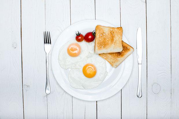 สิ่งที่จะเกิดขึ้นเมื่อเริ่มรับประทานไข่ไก่วันละ 2 ฟอง