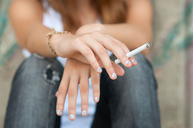 สูบบุหรี่ทำให้การมีประจำเดือนแย่ลง