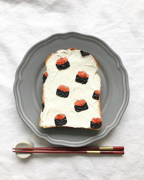 ขนมปังลวดลายซูชิไข่ปลาแซลมอน