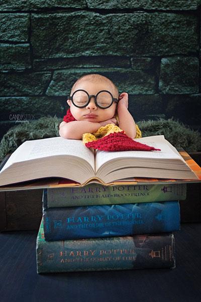 ภาพทารกแฮร์รี่ พอตเตอร์