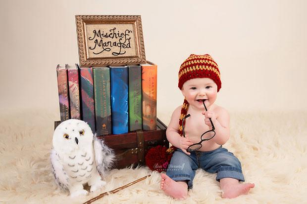 รูปภาพทารกน้อยผู้หลงรักแฮร์รี่ พอตเตอร์ตั้งแต่แรกเกิด
