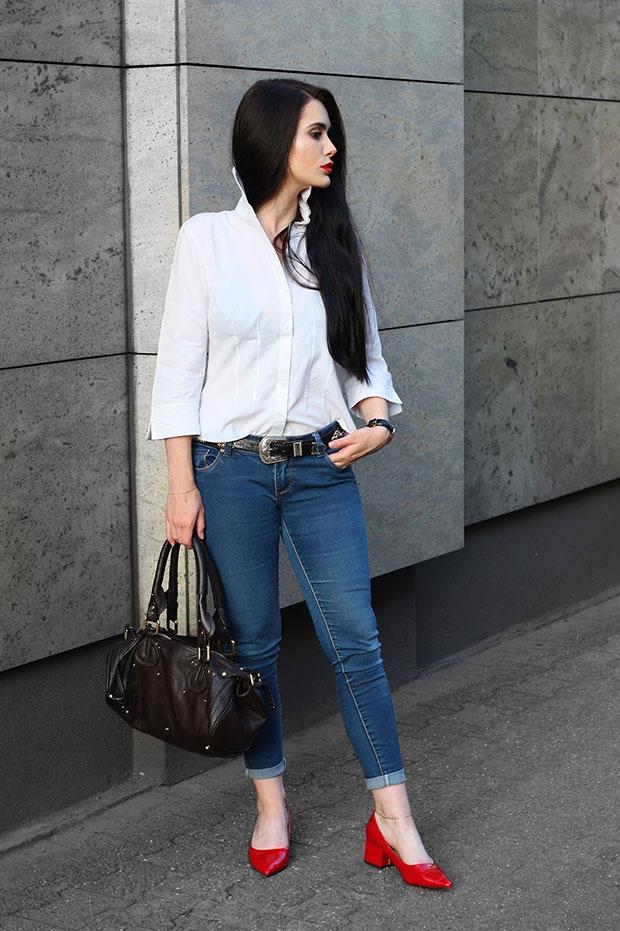 เสื้อเชิ้ต Marks & Spencer, กางเกง New Look, กระเป๋า Chloe, รองเท้า Zara