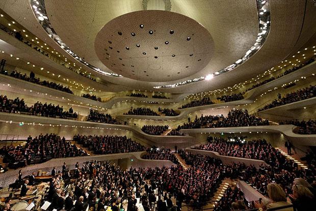 Elbphilharmonie สถานที่จัดแสดงดนตรี