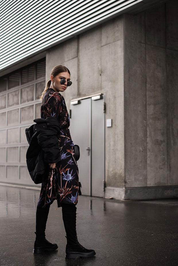 แจ็คเก็ต H&M, เดรส Weekday, รองเท้า & Other Stories, กระเป๋า Patrizia Pepe, แว่นตากันแดด Ray Ban