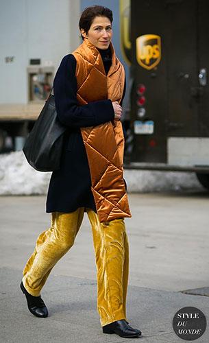 กางเกงกำมะหยี่สีเหลือง