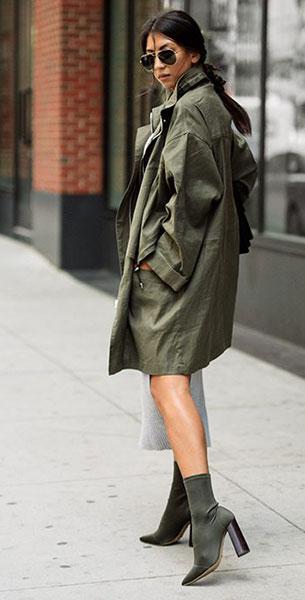 Sock Boots Tony Bianco, แจ็คเก็ต IRO, เสื้อ Finders Keepers, กระโปรง, Finders Keepers, กระเป๋า Gucci, แว่นตากันแดด Saint Laurent