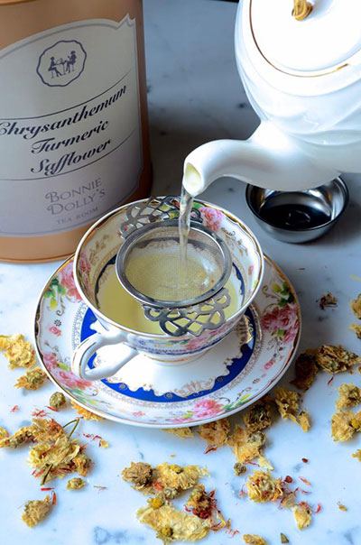 น้ำชาร้าน Bonnie Dolly's Tea Room