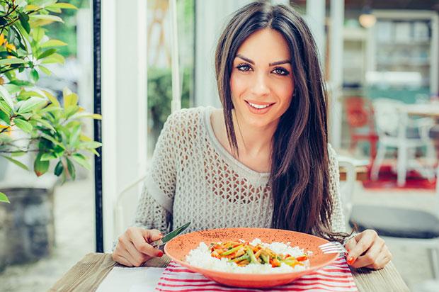 อาหารที่ควรหลีกเลี่ยงเพื่อชีวิตที่ยืนยาว