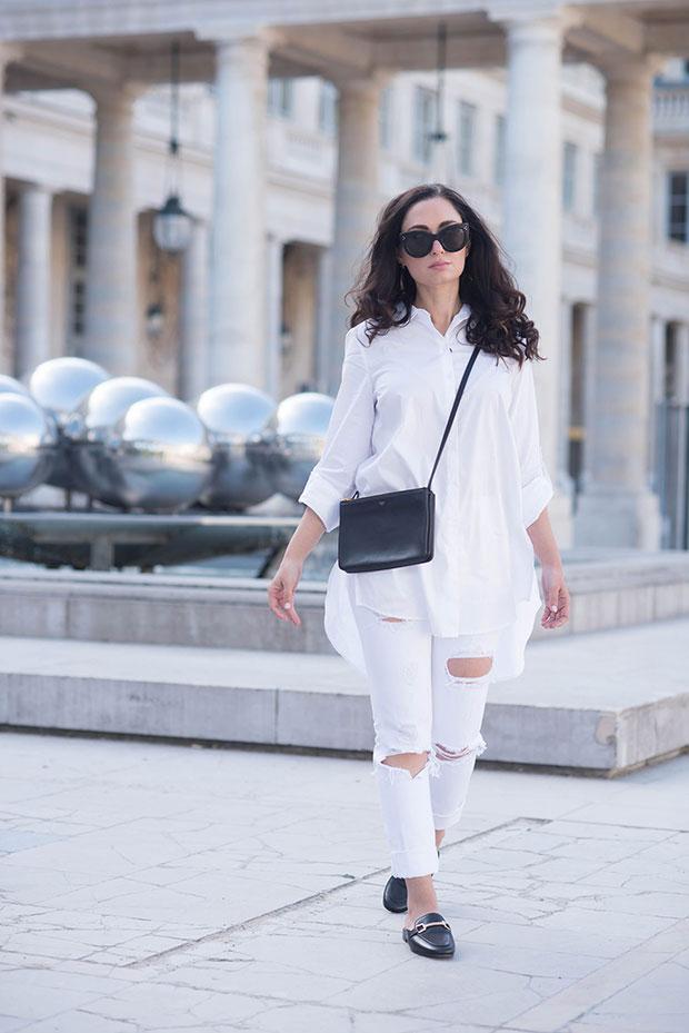 เสื้อ Marled, กางเกงยีนส์ Grlfrnd, รองเท้า Jonak, กระเป๋า Celine, แว่นตากันแดด Celine