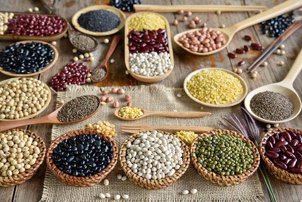 เมล็ดพืชและถั่วเปลือกแข็งเพื่อผิวสวยและสุขภาพดี.