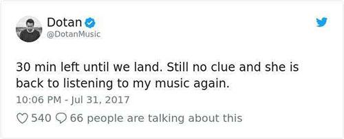 เธอยังไม่รู้และกลับไปฟังเพลงของผมอีกแล้ว
