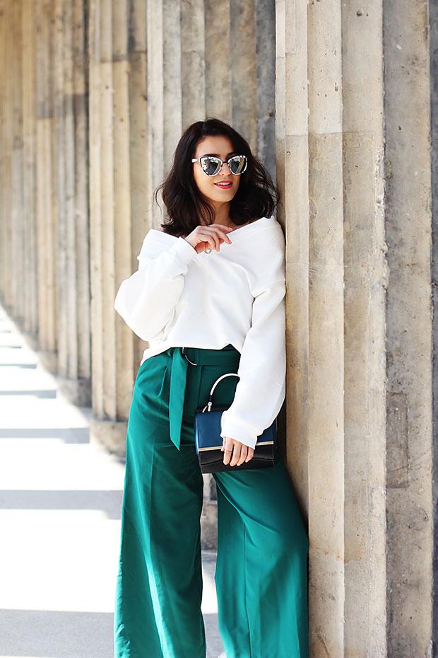 เสื้อ H&M, กางเกง Asos, รองเท้าบู๊ท Asos, กระเป๋า Peter Kaiser, แว่นตากันแดด Quay