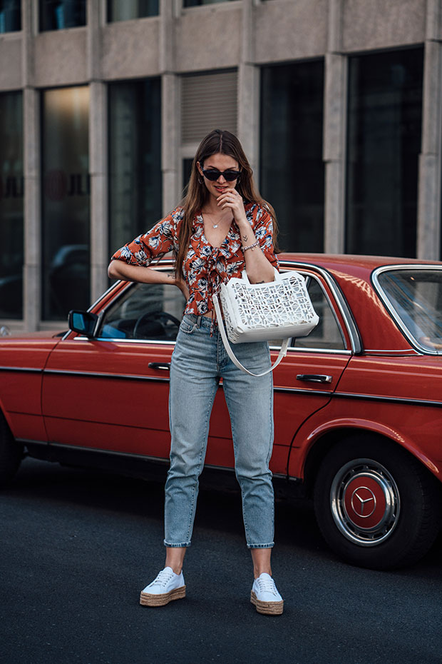 Missguided Blouse, Gina Tricot Jeans, Superga Sneakers, Liebeskind Berlin Bag