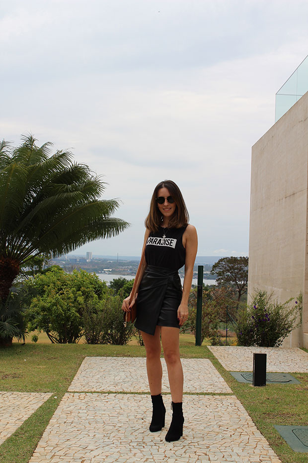 Urban Outfitters Top, Club Monaco Skirt, Steve Madden Boots, Chloé Bag, Ray Ban Sunnies