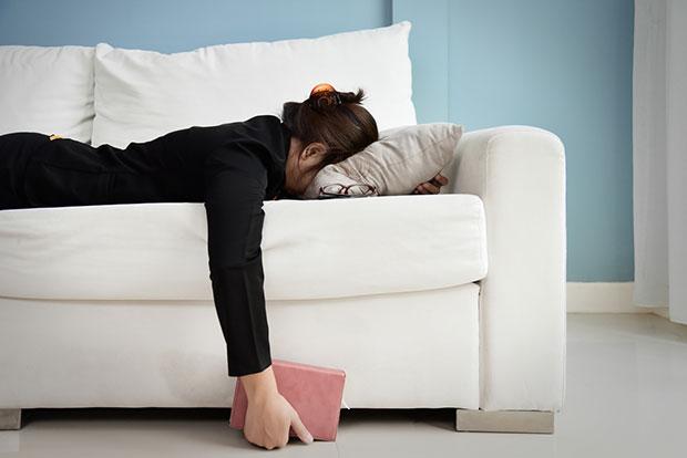 เหตุใดเวลาอยู่บ้านแล้วยังรู้สึกอ่อนเพลีย