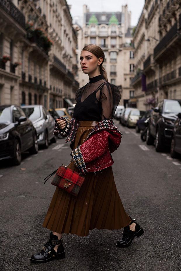 แจ็คเก็ต Isabel Marant, เสื้อ H&M, กระโปรง H&M, กระเป๋า Coccinelle, รองเท้า Balenciaga