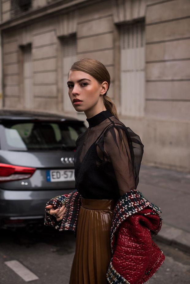 แจ็คเก็ต Isabel Marant, เสื้อ H&M, กระโปรง H&M, รองเท้า Balenciaga, กระเป๋า Coccinelle