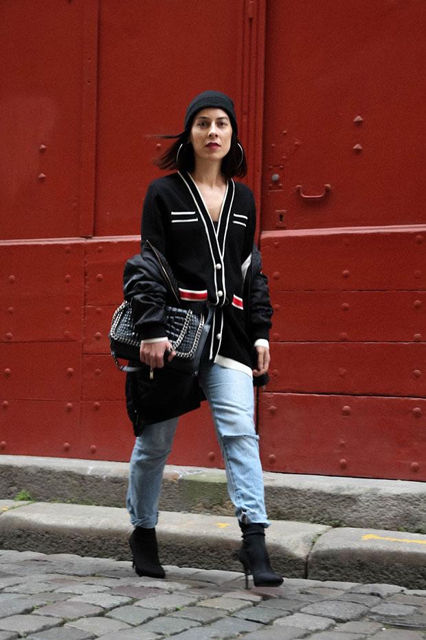 แจ็คเก็ต Zara, กางเกงยีนส์ Bershka, รองเท้า Mango, หมวก Pimkie, กระเป๋า Zara