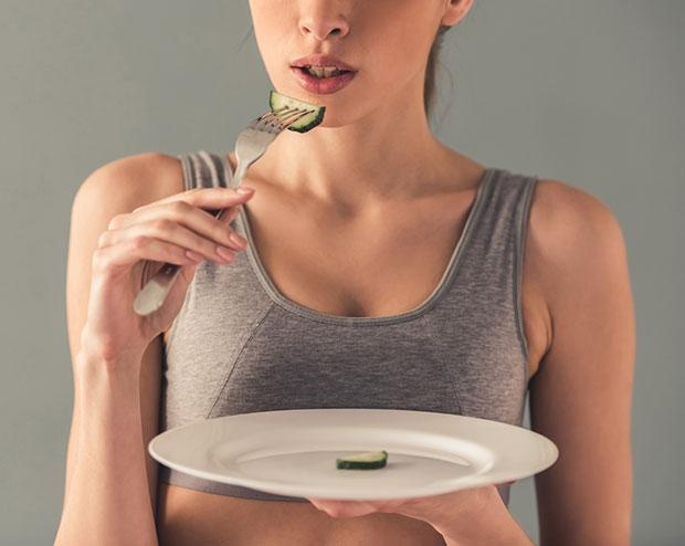การอดอาหารจะส่งผลต่อร่างกายของคนเราอย่างไร