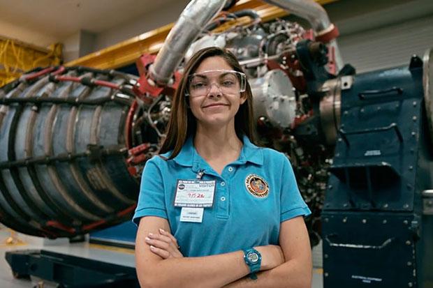 นาซ่าเตรียมส่งสาวน้อยวัย 17 คนนี้ขึ้นไปเหยียบดาวอังคารเป็นคนแรก