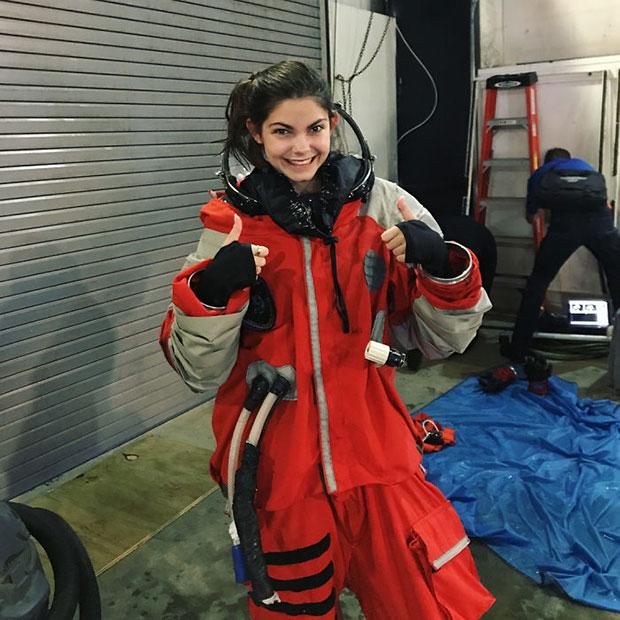 นาซ่าเตรียมส่งสาวน้อยวัย 17 ปีขึ้นไปเหยียบดาวอังคาร
