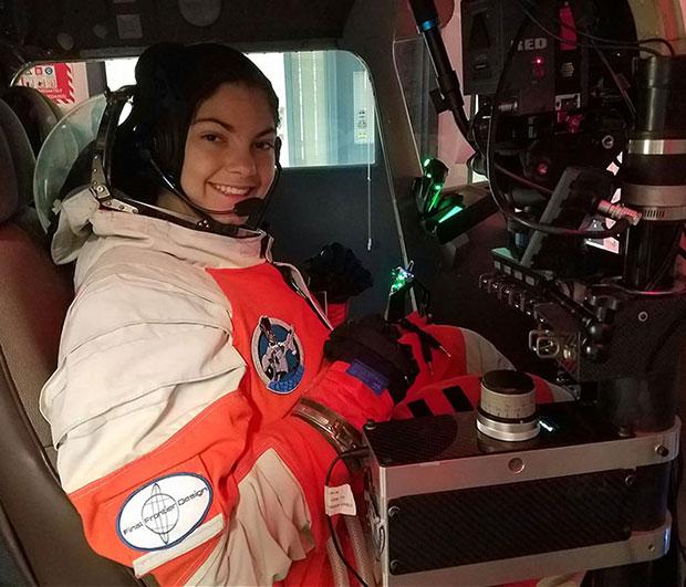 ส่งสาวน้อยวัย 17 ไปดาวอังคาร