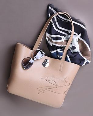 กระเป๋า Shop it Longchamp