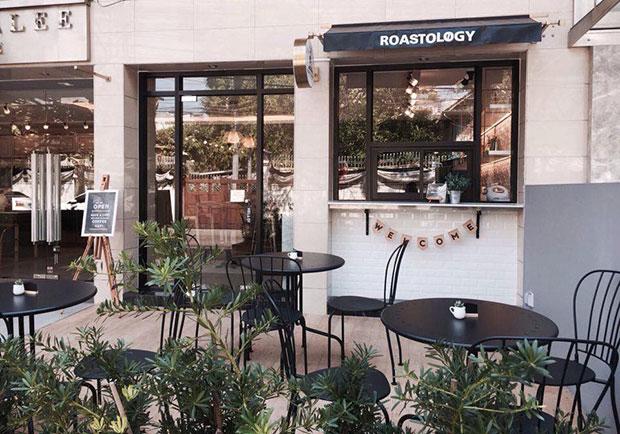 ร้านกาแฟ Roastology Coffee Roasters