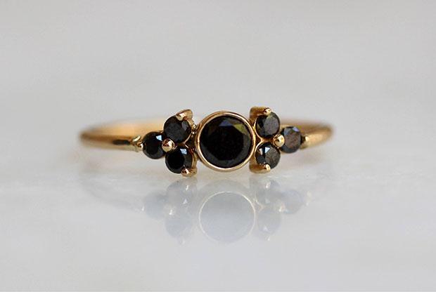 สีดำ แหวนแต่งงาน