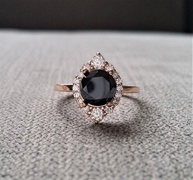 แหวนแต่งงาน สีดำ