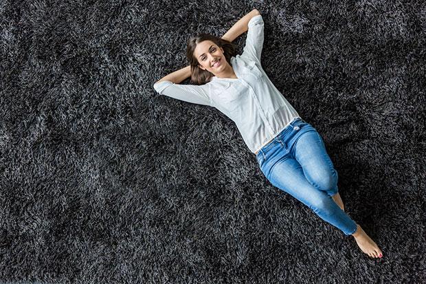 การนอนบนพื้นดีต่อหลังหรือไม่