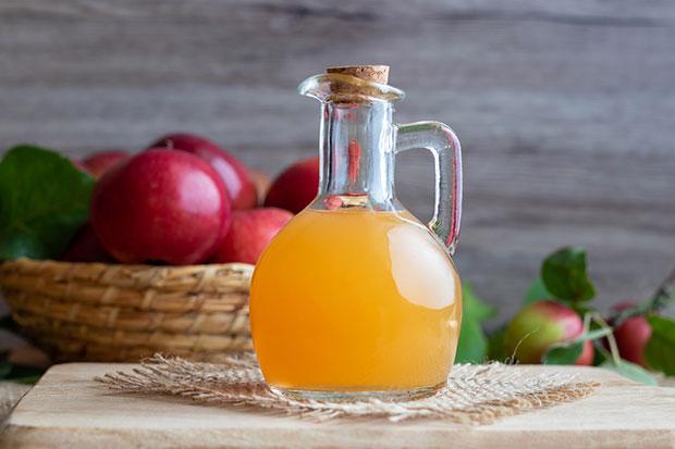 น้ำส้มสายชูหมักจากแอปเปิ้ลไม่ควรใส่ลงไปในเครื่องดื่ม