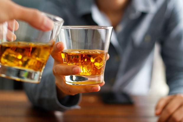 ลดการดื่มแอลกอฮอล์อย่างไรให้สำเร็จ