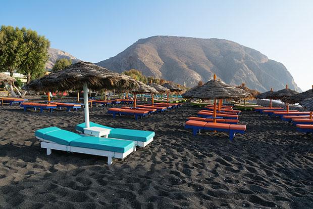 หาดทรายดำ หาดเปริสซา กรีซ