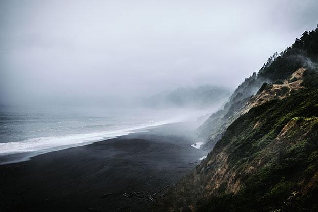 หาดทรายดำ แบล็ก แซนด์ส บีช แคลิฟอร์เนีย