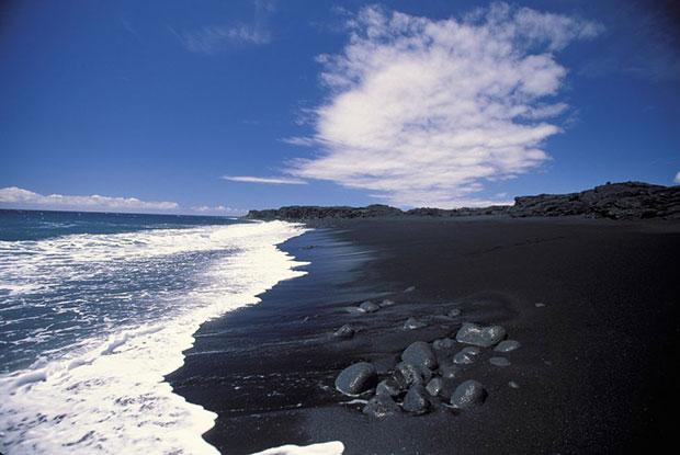หาดทรายดำ ไคมู ฮาวาย